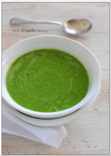 pea & pesto soup | by jules:stonesoup