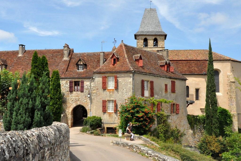 Loubressac l 39 un des plus beaux village de france flickr for Le village du meuble bordeaux