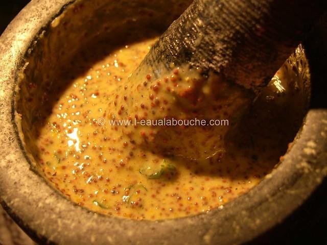 Moutarde à l'Ancienne Maison © Ana Luthi Tous droits réservés 002