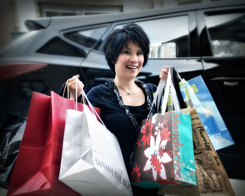 confessions of a shopaholic | by -liyen-
