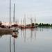 朝の港 Port in the morning