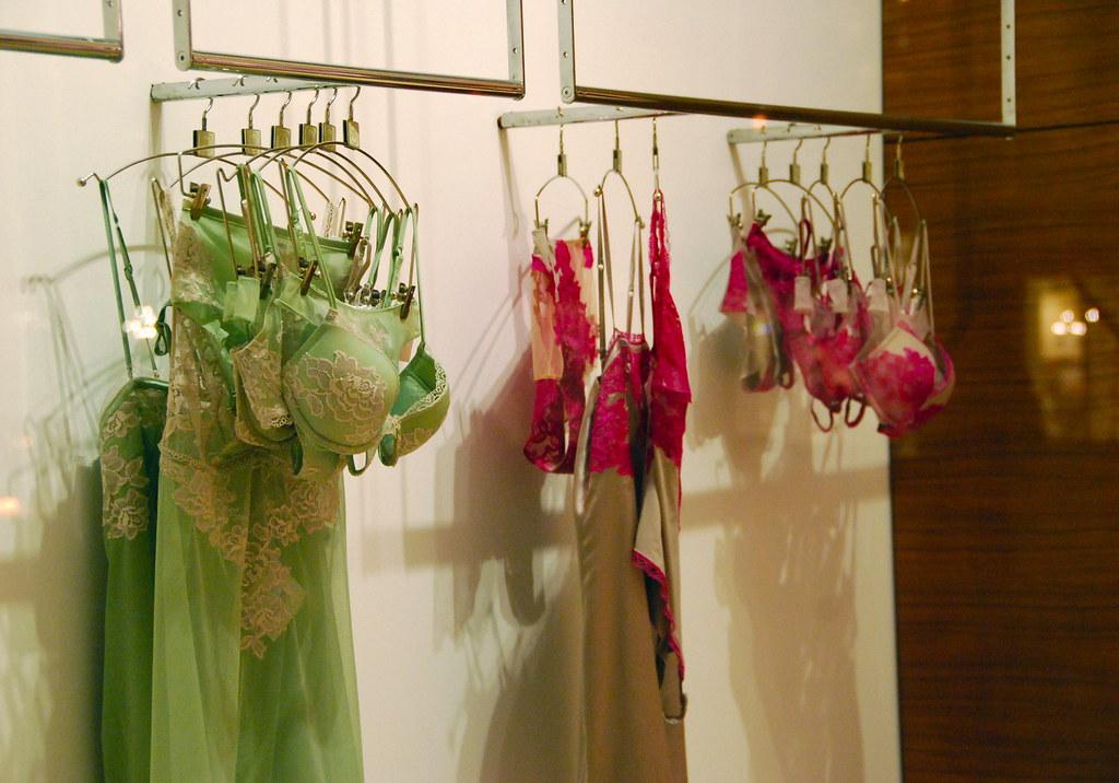 La perla lingerie chicago