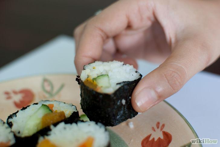 Conoce las reglas de etiqueta al comer sushi (Impelable)