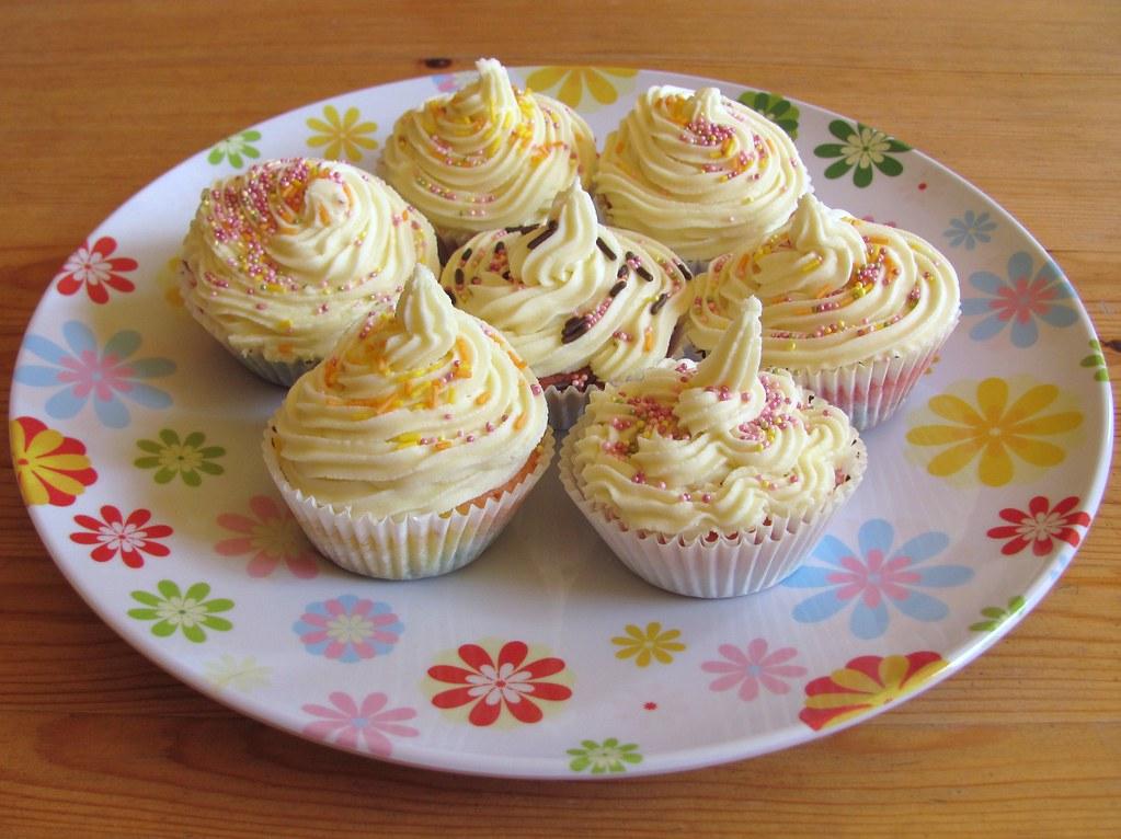Lemon Fairy Cakes With Buttercream