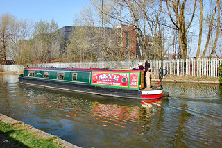 BARGES ON THE CANAL. No passports required.. | by ronsaunders47