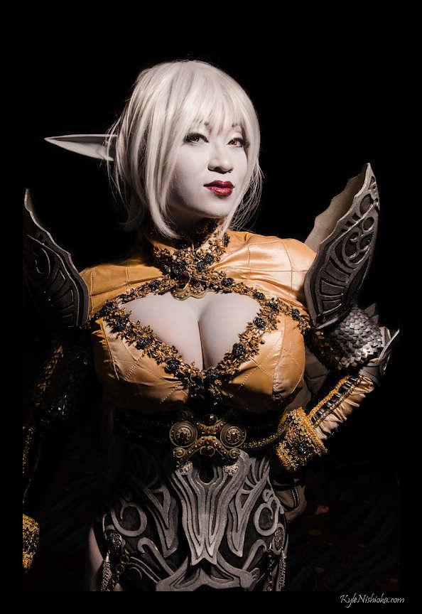 Dragoncon 2012 Cosplay - Yaya Han  Strobist Info Key -7130