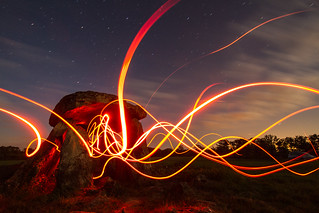 Comme une envie de lightpainting | by milkaaaaa
