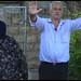 El palestino Badr Abu Ad-Dula a la entrada de su casa, en Jerusalén oriental. Crédito: Pierre Klochendler/IPS.