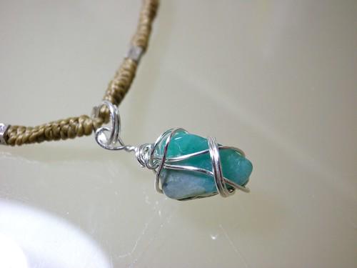 Emerald tumblestone