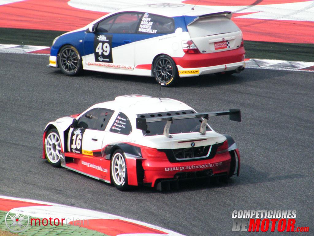 Gc automobile gca0 v8 y el honda civic type r gc for V8 honda civic