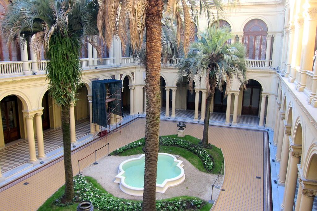 Buenos aires monserrat casa rosada patio de las palme - La casa de las palmeras ...