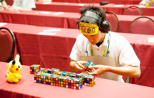 how to solve a cube blindfolded