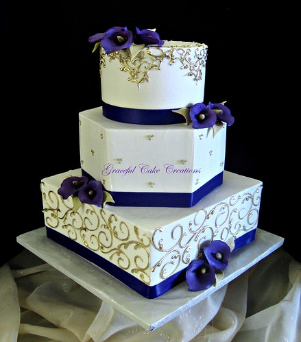 Elegant Ivory and Gold Wedding Cake with Purple Calla Lili ...