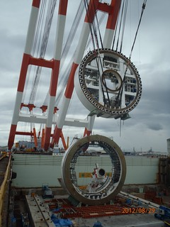 Piece by piece – assembling the SR 99 tunnel boring machine | by WSDOT