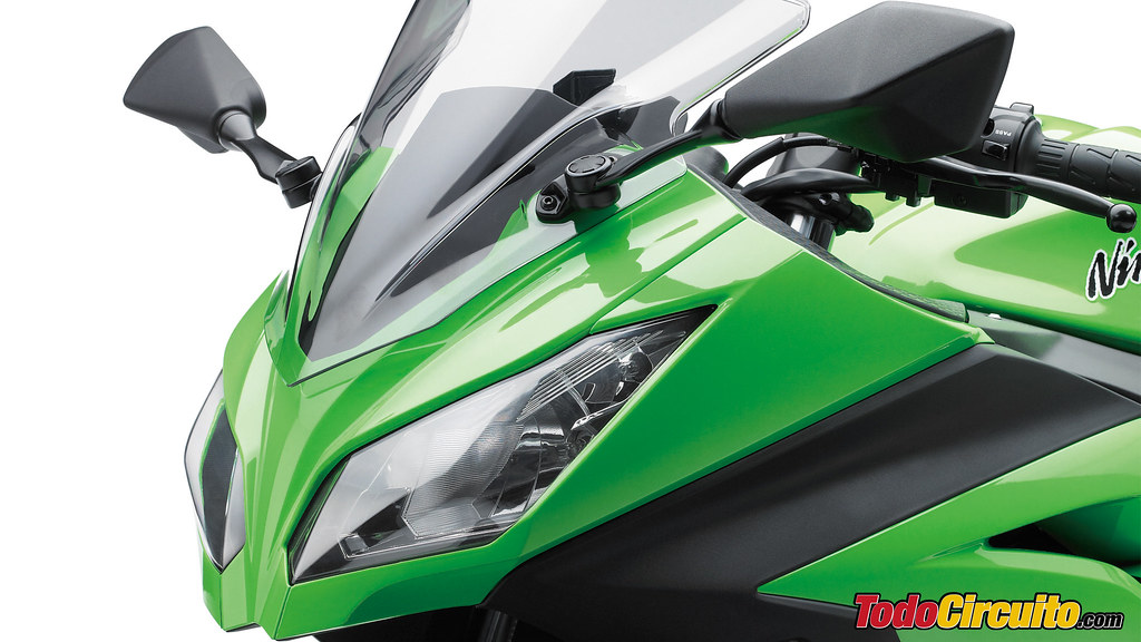 Wallpaper Kawasaki Ninja 300 2013 2