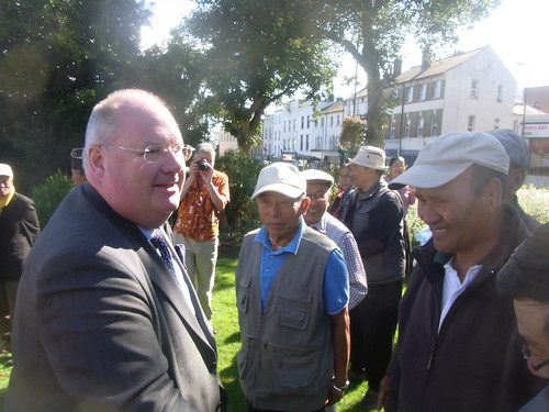 Eric Pickles meets Gurkhas settling into Rushmoor | by Department for Communities and Local Government
