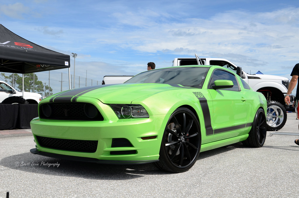 2013 ford mustang boss 302 a lime green 2013 ford mustang flickr. Black Bedroom Furniture Sets. Home Design Ideas
