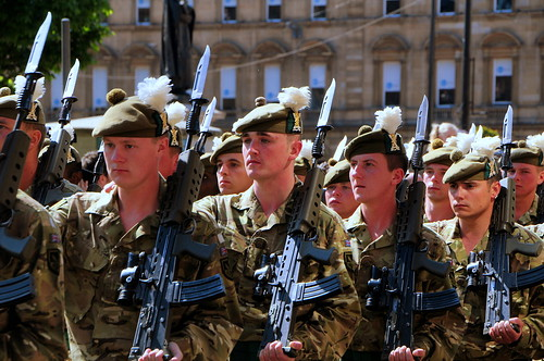 Scottish Soldiers in Glasgow | by mandalaybus
