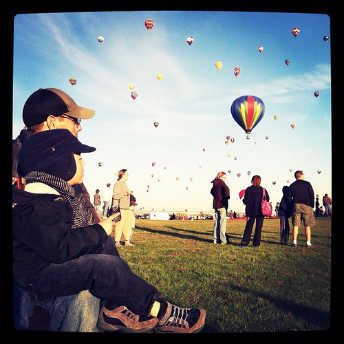 Uncle & nephew bonding under balloon fiesta. | by sarah cakes