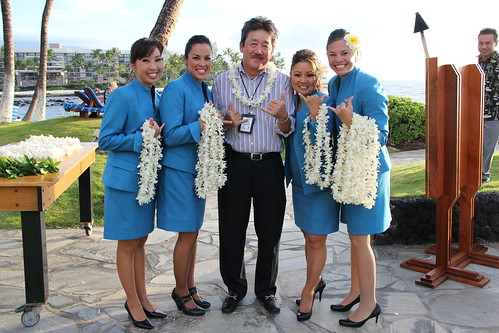 how to get free baggage on hawaiian airlines