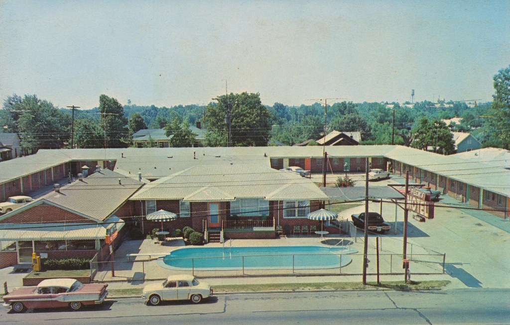 Peck's Motel and Restaurant - Toccoa, Georgia