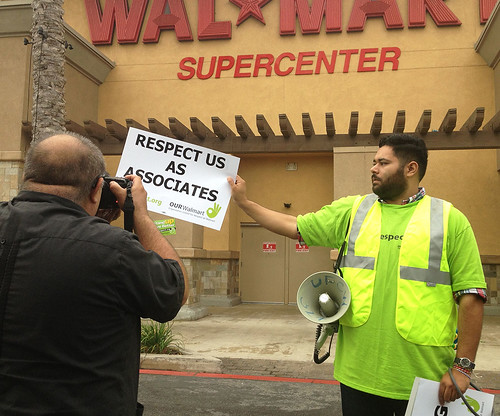 Wal-Mart Strike, October 4 2012 | by Neon Tommy