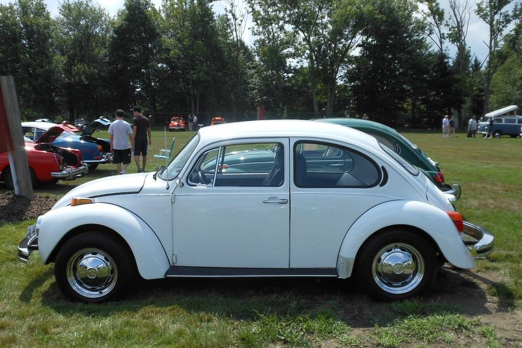 Vw Beetle Track Car >> 1974 VW Super Beetle | Nineteen seventy-four witnessed a ris… | Flickr