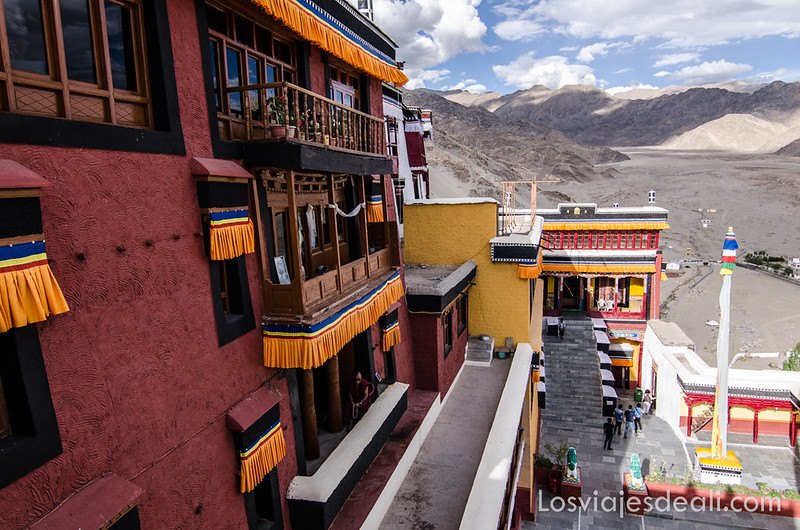 valle del indo thiksey monastery