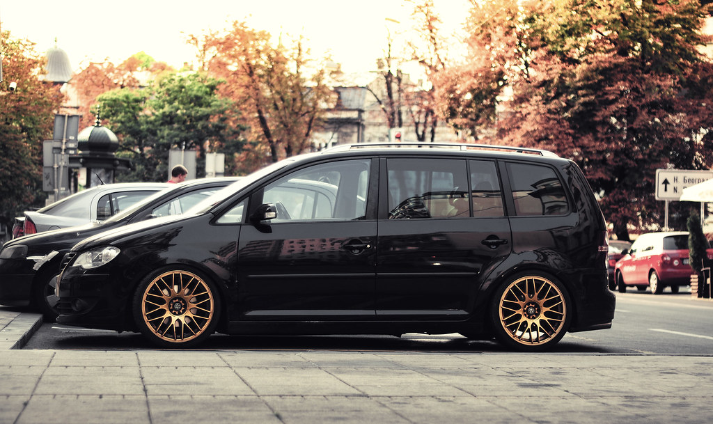 Stanced Awesome Looking Volkswagen Touran Like Me On
