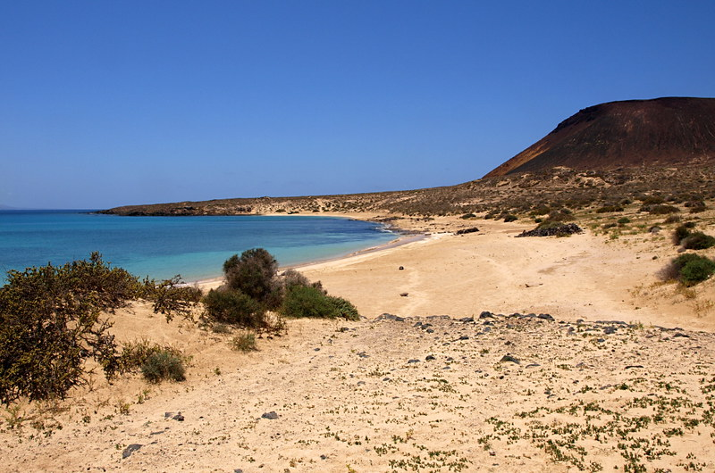 Walking on La Graciosa, Lanzarote