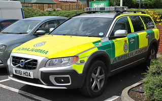 East of England Ambulance Service / Volvo XC70 / Hazardous Area Response Team / Rapid Response Vehicle / WX61 HOA | by Chris' 999 Pics