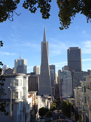 Transamerica Pyramid on a beautiful day in San Francisco | by dionhinchcliffe