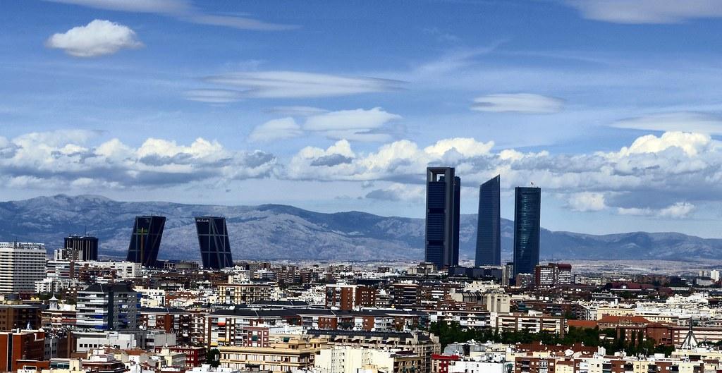 Centro financiero y sierra de madrid desde torres blancas - Cerrajeros en madrid centro ...
