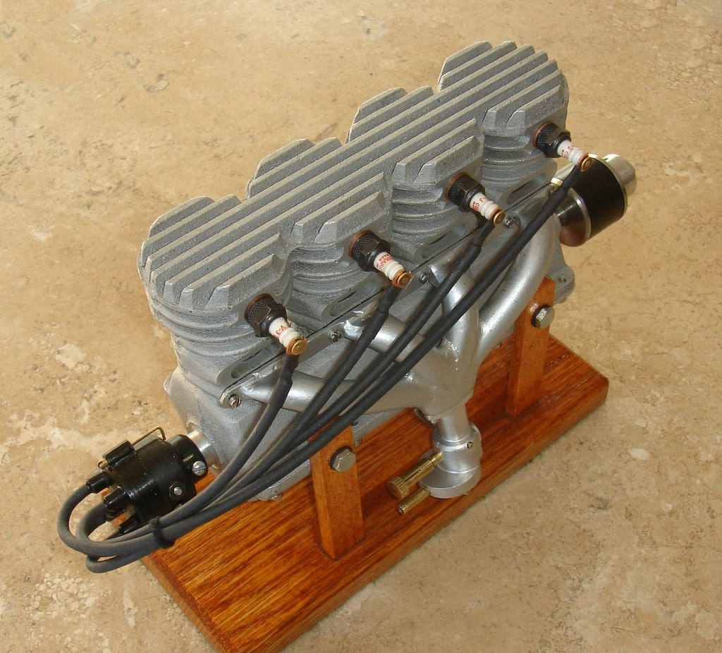 Model Car With Engine: Morton M4- 4 Cylinder 2 Stroke Model Car/Boat Engine, Circ