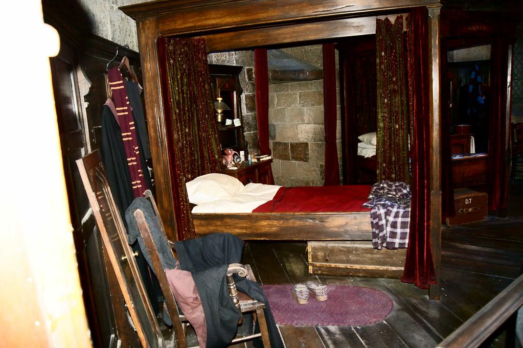 Gryffindor Bedroom Harry Potter Studio S Watford
