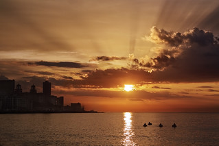 Habana Sunset | by alfonstr