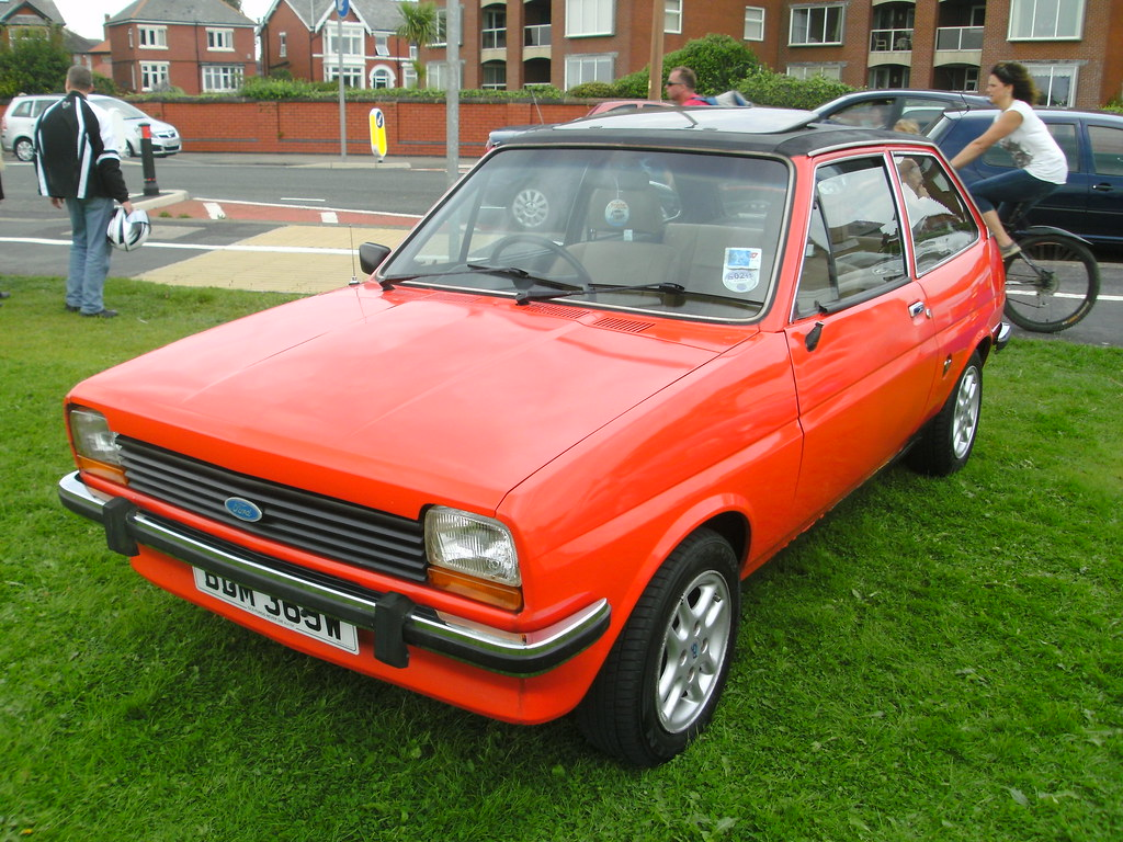 1981 ford fiesta 1 3 ghia mk1 i think the alloys are genui flickr. Black Bedroom Furniture Sets. Home Design Ideas