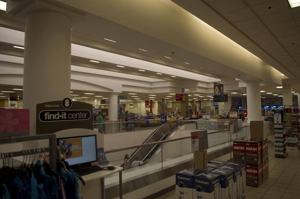 Sears Oakridge Mall San Jose California