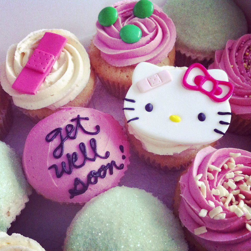hello kitty get well soon cupcakes melissa kelly flickr