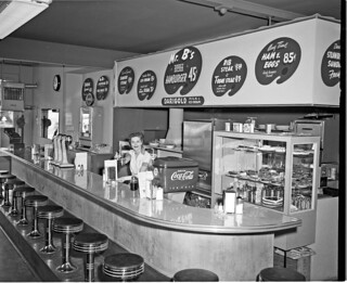 Mr B's Hamburgers, 1954 | by Seattle Municipal Archives