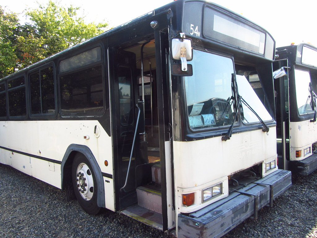... Kitsap Transit 1983 Gillig Phantom 854 (retired) | by zargoman