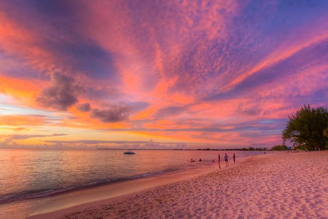 Cayman Islands Best Resturants