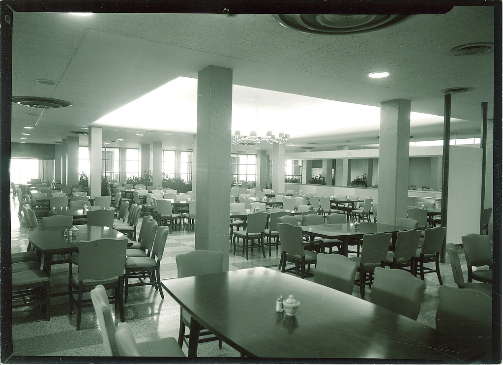 Dining Room At Burge Residence Hall The University Of Iow