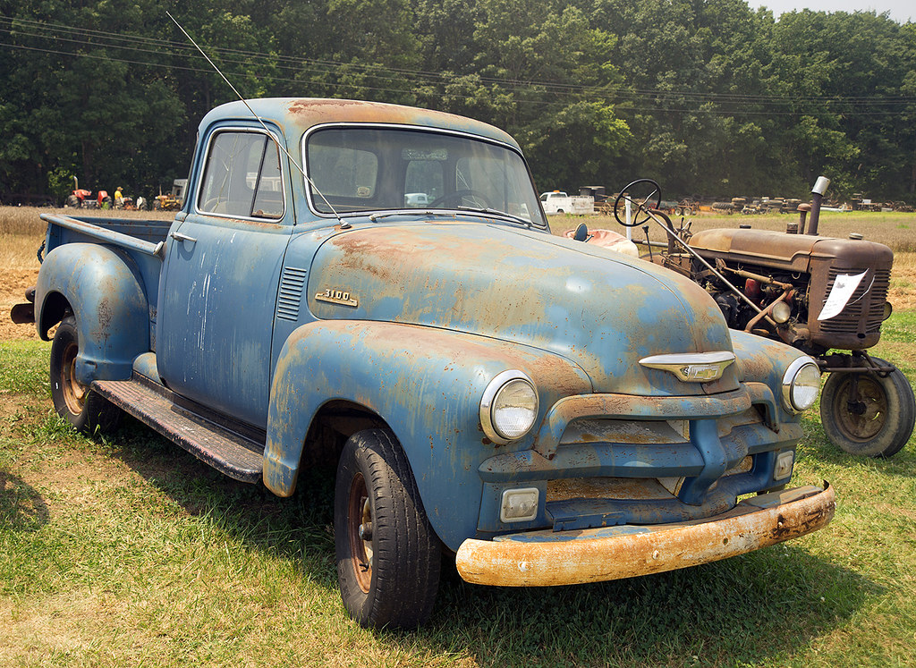 Chevy Truck Old >> Blue 1954 Chevrolet 3100 pickup | At the Southeast Old Thres… | Flickr
