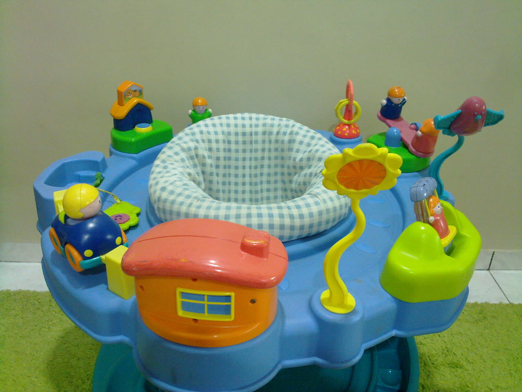 Safety First Toys Toys Safety 1st Exersaucer