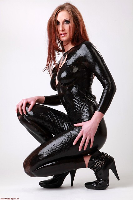 9 gallery latex liquid