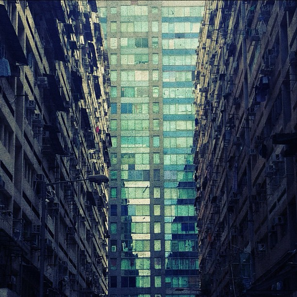 Ghost In The Shell Hkig Hongkong Discoverhongkong Buildings Architecture Lines