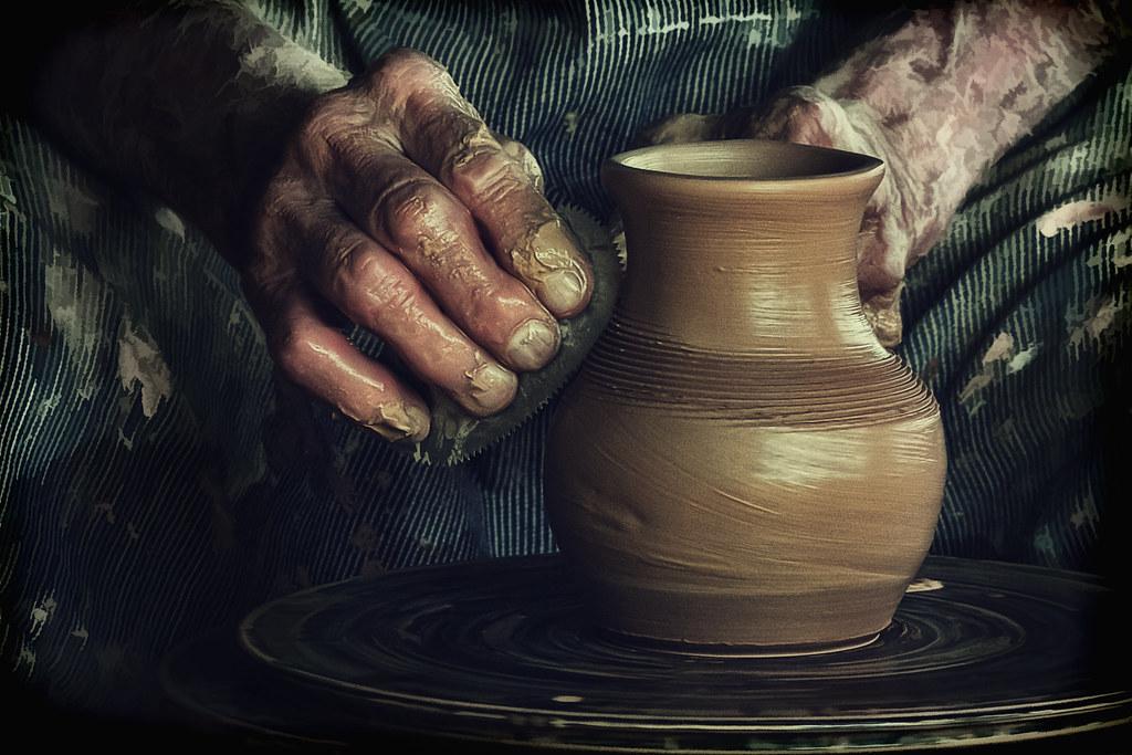potter s hands harvest day  booker t washington washington monument climate washington monument clipart
