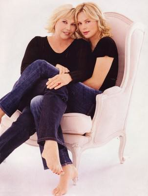 Charlize & MUM-Ger... Charlize Theron