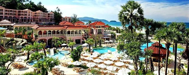 Centara Grand Beach Resort Phuket Floating Dock